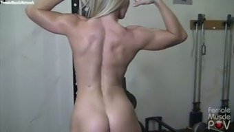 Cool black MILF exhibiting her fantastic whole body inside a gym