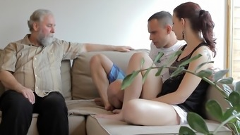 Teeny goes wild environment in threesome