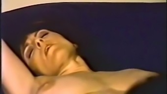 Classic fitted dark milf woman gives great blowjob