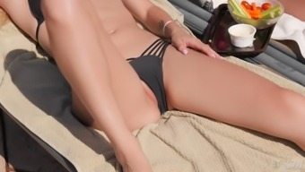 Alex Ash seduces a huge stud for getting a fuck on a seashore