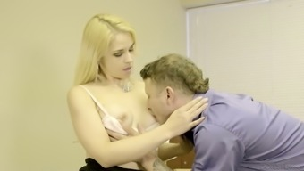 Sexually imposed infant Sarah Vandella is having wild sexual intercourse with her one