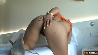 Cute blond housewife is eagerto be learned for exciting