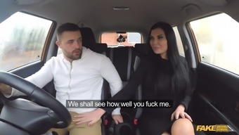 Taxi driver and warm damsel have a fuck sitting