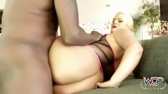 a subdue bf rams a voluptuous brown milf julie moola with his bbc
