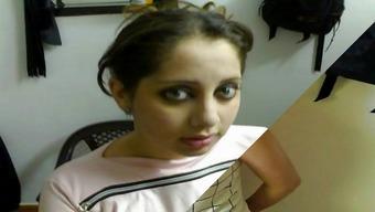 Arabian girls dressed - power point slide shows First times v