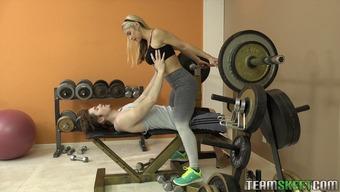 Sarah Vandella seduces her instructor from individuals astonishing curvature