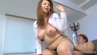 Fleshy cougar along with great tits receiving delicate rim task before jumping hammered great practical