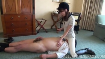 Searing Asian dominatrix by using a thin whole body spanking a unfamiliar person