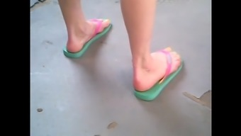 candid both feet in sandals waiting bus 32.06.2017 HD