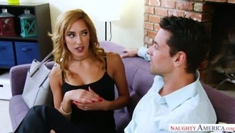 Chloe Amour causes it to be obvious she will desires a very good pussy hammering
