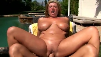 Hot oiled over brown moaner gets fucking stuffed open air