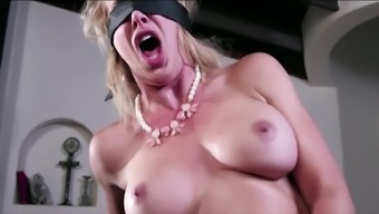 MILF Hotwife Meets Her New Bull