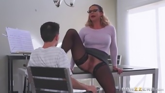 Large stupid ass mum in stockings seduces little bf