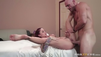 Needled on ladies Monique Alexander may spread her legs at once and get a adult man