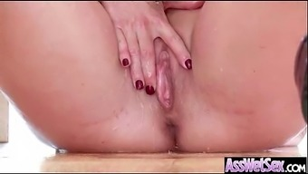 Anal passage Sex On Cam With Large Oiled Ass Sizzling Tramp Krown (shay bear) mov-28