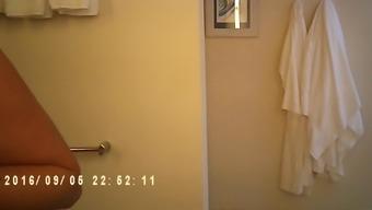 mature mum snagged bare on bathing room veiled cam