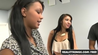 RealityKings - Earnings Communications - Patrauklumas Taylor Esmi Lee Juan Largo