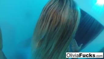 Pierced Olivia Austin washes off after having a prolonged moment