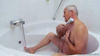 A Bath Along with GRANDPA