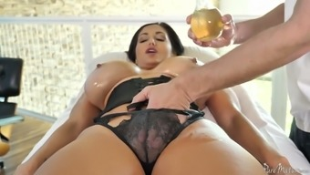 Tanned appetizing French language MILF Trauklumas Addams gets her burly pussy polished mish