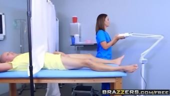 Brazzers - Health professional Activities - Kelsi Monroe and Sean Unruly