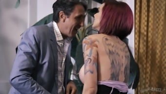 Inked dame Anna Puff Shows gets her stormy pussy infiltrate