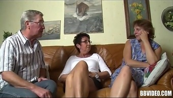 Bisexual A language like german MILFs Fuck in Threesome