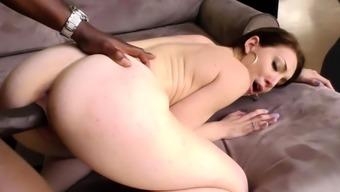 Interracial Sexual intercourse With Jessie Wylde And Mandingo