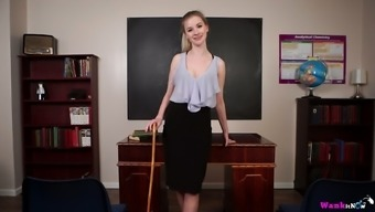 Seductive teacher Gracie gets naked and shows off her ninnies