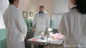 Sexy Redhead In Fishnet Lingerie Gets Nailed By Her Doctor