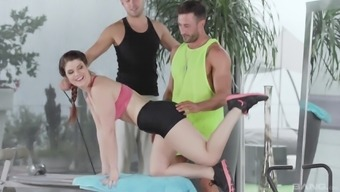 Hardcore anal MMF threesome with Lucia Love after a workout