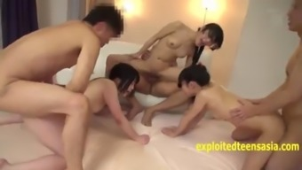 Japanese girls get anal and dp