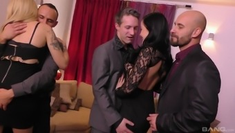 Dolly Diore and sexy Tina Joy know how to behave in a foursome