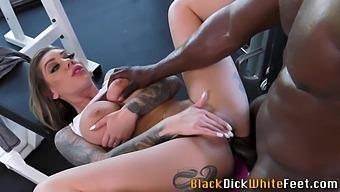 Foot fetish slut has anal sex
