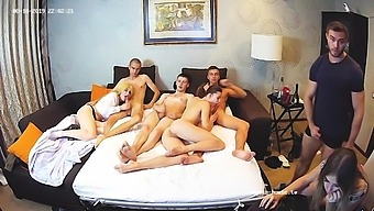 Young Friends In Swingers Group Sex Hardcore Show