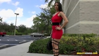 alexis rodriguez was in fact identifide in a horny footware and upper legs