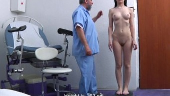 Timea Gyno Assessment - anal and genital observation before speculum insertion