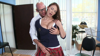Big tits dame Madison Fox acts the flute and blows major elevate or her instructor