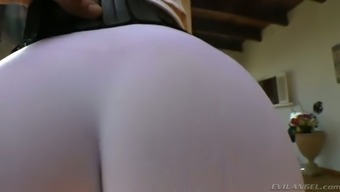 Plus sized dirty-minded ginger MILF in this kind of exercise jeans enhance her bubble ass