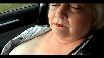 BBW Likes to Ride and Work It Out