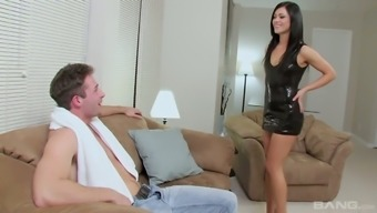 Keen leggy Alyssa Reece justifes bf how good she actually is in sex