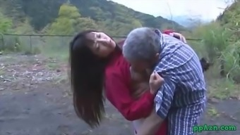 Asian Girl Getting Her Pussy Licked And Fucked By Old Adult man Ejaculate To Ass Backyard At