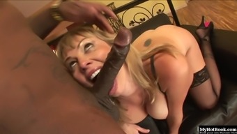 Adrianna Nicole is a lovely brown with the use of naturally-occuring titties as well as a fading color selection.