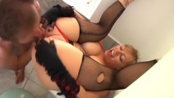 Busty Blonde Butt To Your mouth two(2)