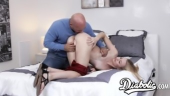 Lovely youngster Alexa Favor pussy under the influence of alcohol and fed with the use of sperm